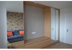 Гостиная в современном стиле с элементами лофта